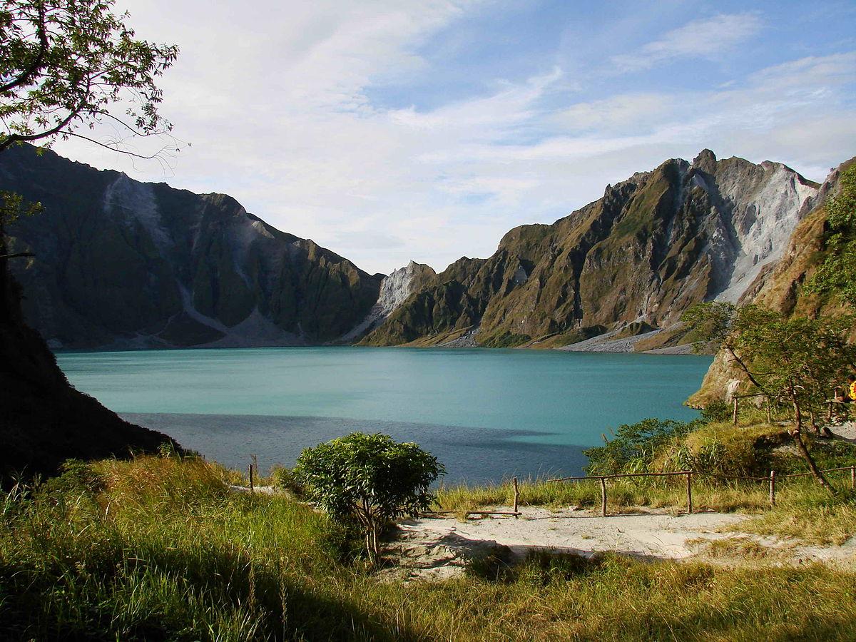 دریاچه Pinatubo در فیلیپین